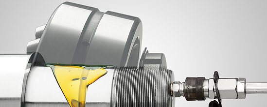 Image shows the dimounting of bearings using the oil injection method